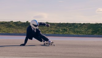 'THE 70MPH SKATER' – HACKETT LONDON X WILLIAMS RACING