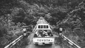 Lost In Papua – Leo Fioravanti & josh Moniz