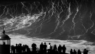 Nazaré – Black carnival