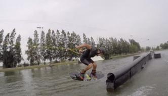 Michael Boz Bossini – cruzing in mother bangkok