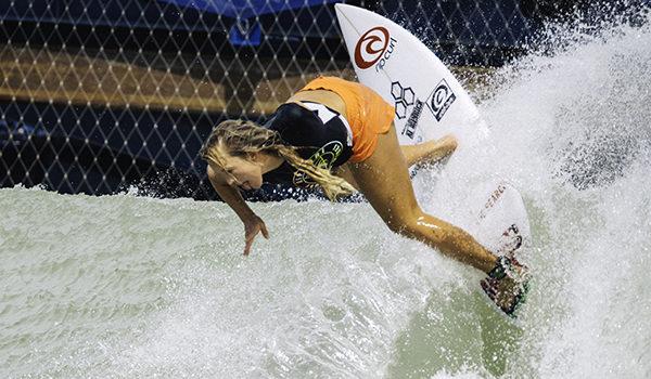 Betahny Hamilton ottiene la Wildcard per il Surf Ranch Pro