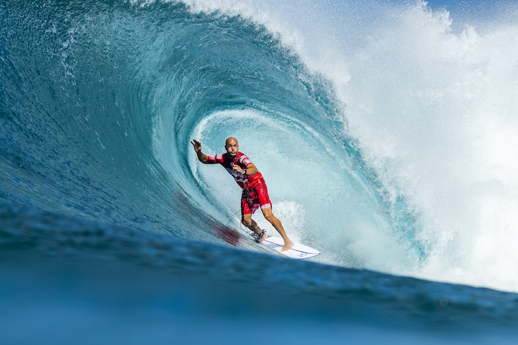 b7d17acb35 11X World Champion Kelly Slater (USA) is eliminated from the 2018 Billabong  Pipe Masters with an equal 3rd finish after placing second in semifinal  heat 2 ...